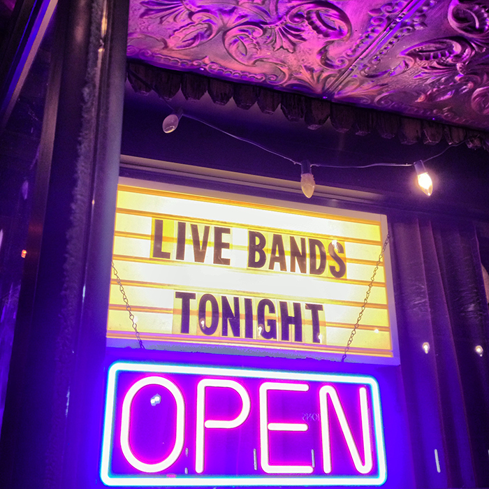 live-bands-tonight