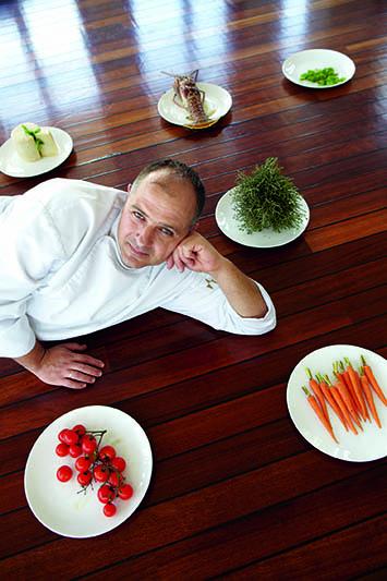 Το εστιατόριο Xasteria του Grecotel Amirandes, Executive-Chef-Ioannis-Kounalakis