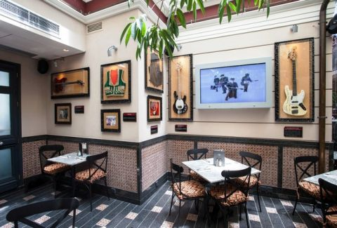 Hard Rock Cafe Athens (2)