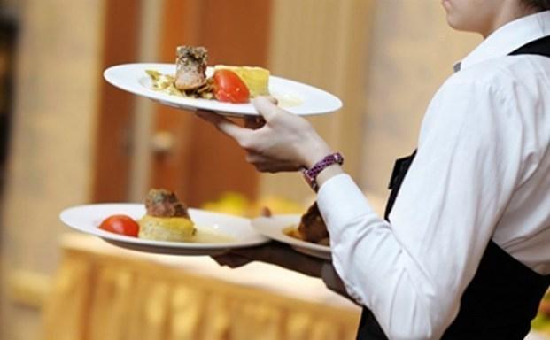 Πώς θα γίνεις καλύτερος σερβιτόρος;