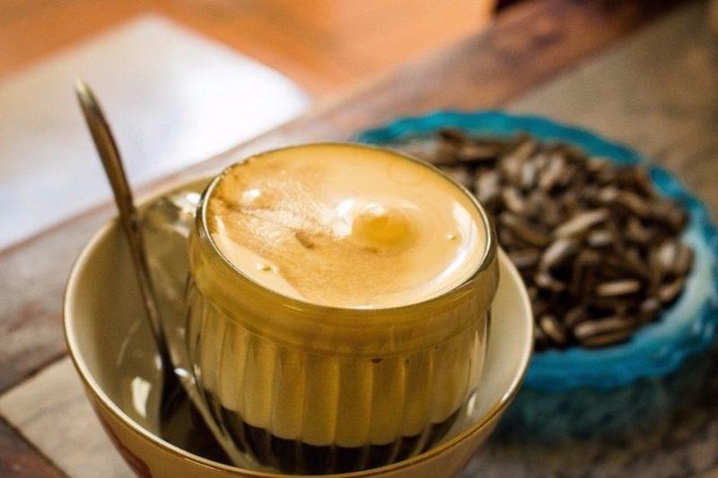Egg Coffee: Ο καφές με αυγά και βούτυρο που κάνει θραύση