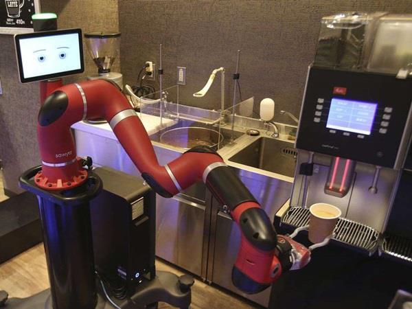 Το ρομπότ που σερβίρει καφέ στο Τόκιο
