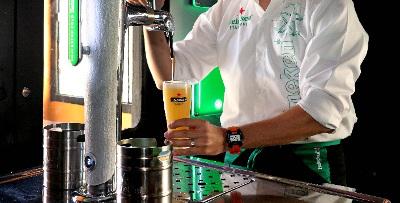 Έτσι σερβίρεται η τέλεια μπύρα