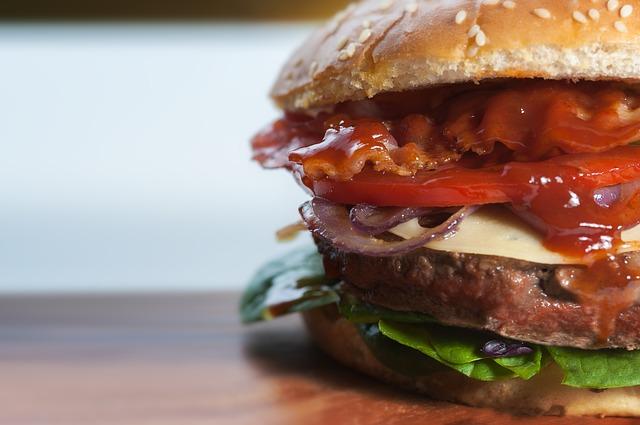 H εποχή του burger!