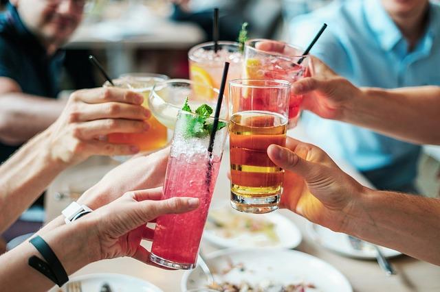 3 υγιεινά καλοκαιρινά cocktails!