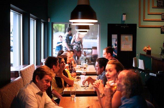 Κλειστά εστιατόρια – καφέ – καφέ μπαρ – παραδοσιακά καφενεία