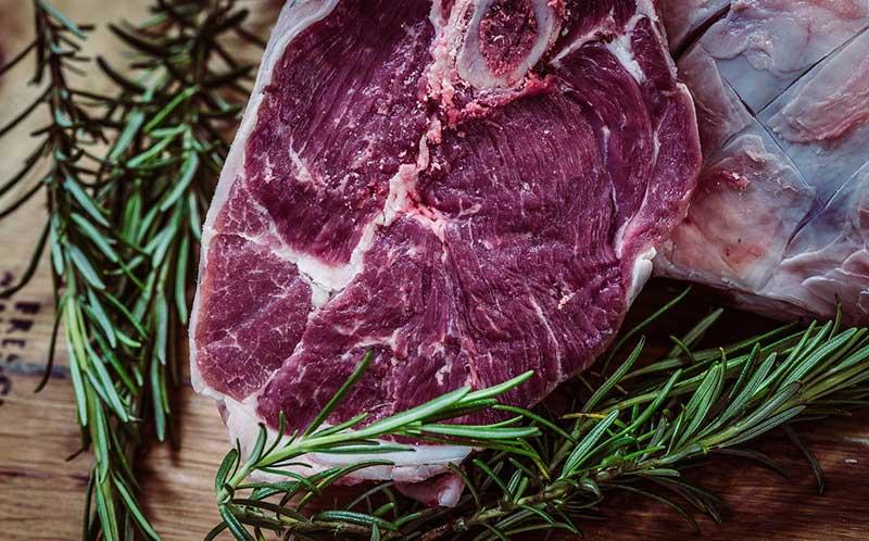 Σε τι υπερέχει ένα σιτεμένο κρέας απ' το φρέσκο;