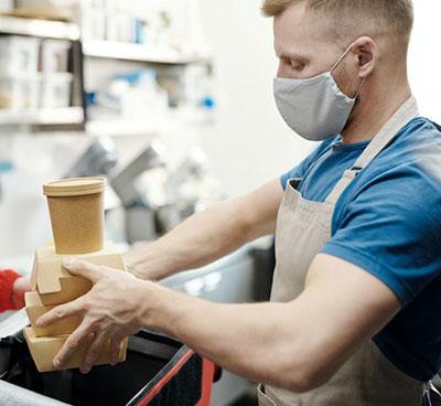 Καθολική η χρήση μάσκας στα καταστήματα καφεστίασης