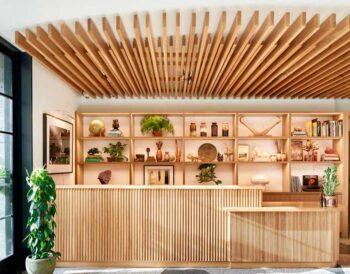 Το Summer House on Music Lane, το εστιατόριο στο Hotel Magdalena, είναι εμπνευσμένο από την εκλεπτυσμένη απλότητα